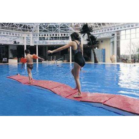Ponton mousse piscine pont rivierre kwai for Accessoire piscine sollies pont